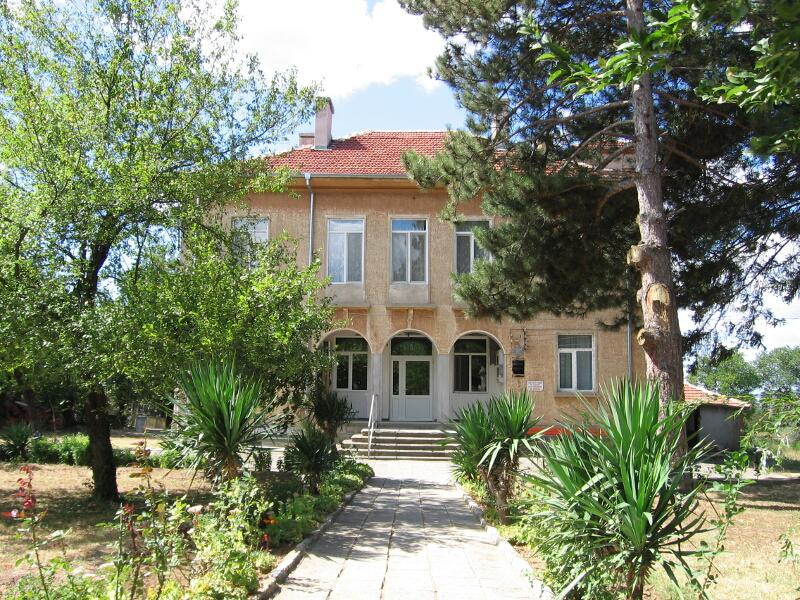 Купува земеделска земя в Лозарево