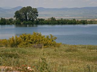 Земеделска земя в с. Езеро